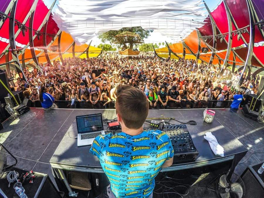 DJ télécharger musiques