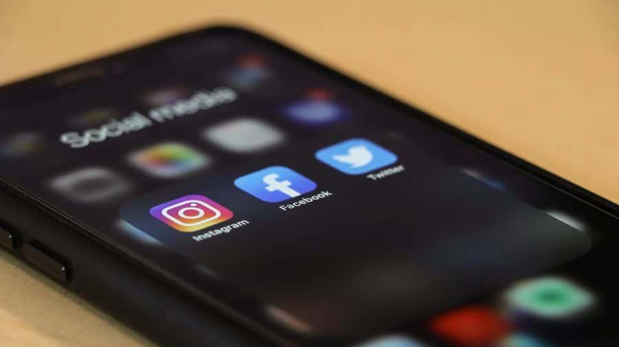 réseaux sociaux iphone